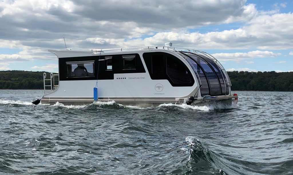 Te water met de CaravanBoat